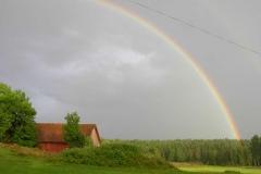 Vacker regnbåge över Gäserud