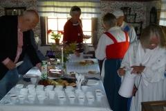 Det dukade kaffebordet i Gäserud