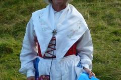 En dalssländska på vandring på Högkils ängar
